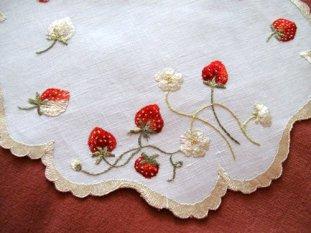 desdemona-handkerchief
